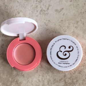 3 for $10 Laqa & co blush highlighter